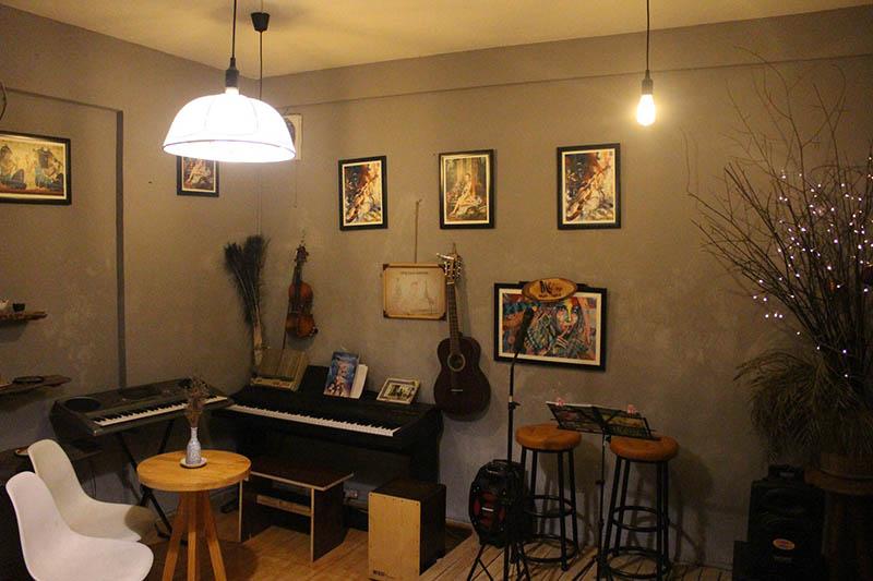 Me cafe Music - Quán cafe đẹp ở quận 3