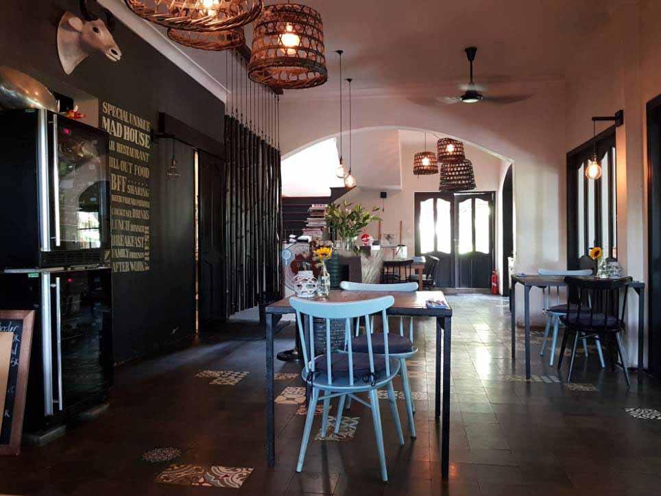"""Mad House - quán cafe đẹp ở quận 2 cực """"sang"""""""