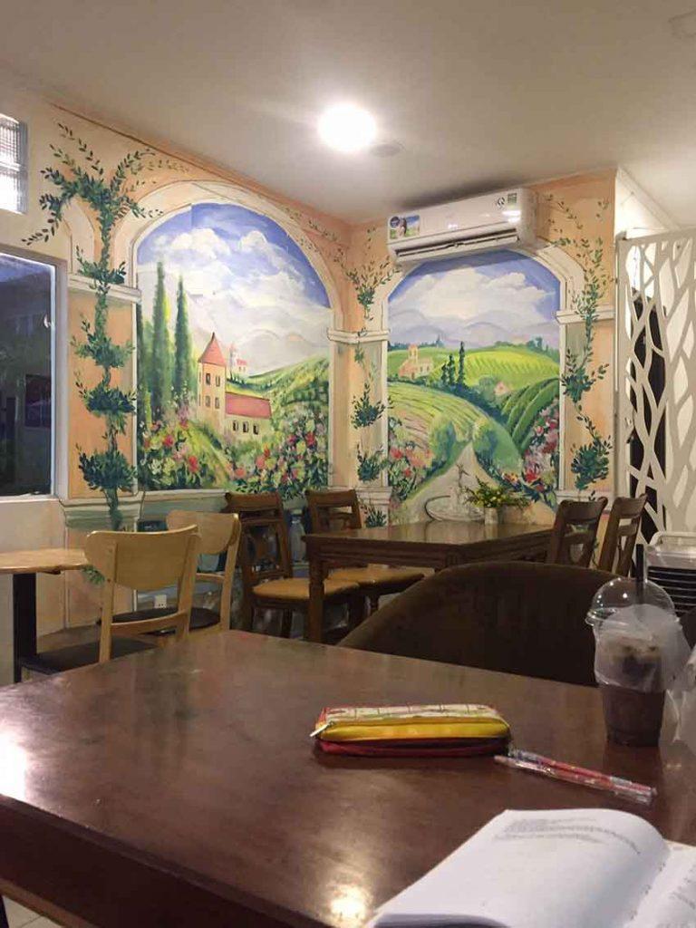 Roma Cafe - quán cafe đẹp ở quận 11