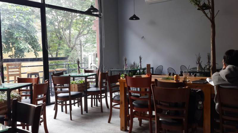 The Coffee & Tea Station - quán cafe đẹp ở quận 11