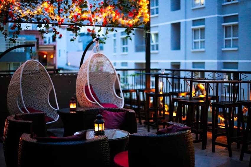 Kleine Ecke Cafe - quán cafe đẹp ở quận 10